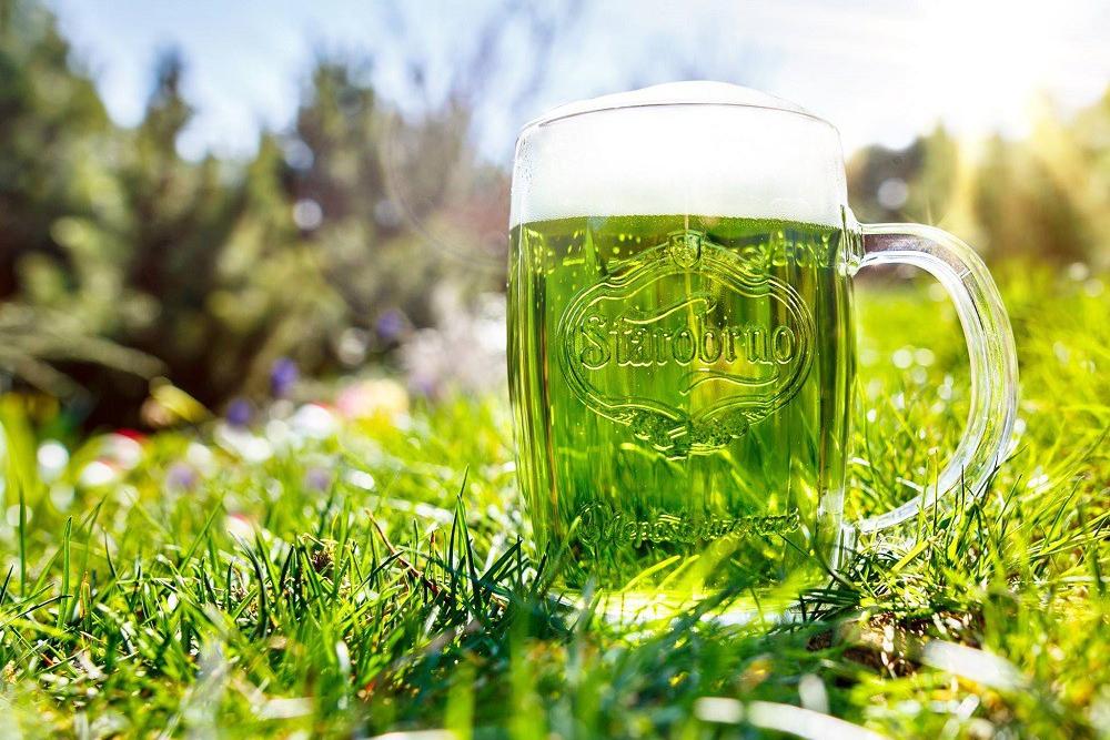 Zelené pivo v akci